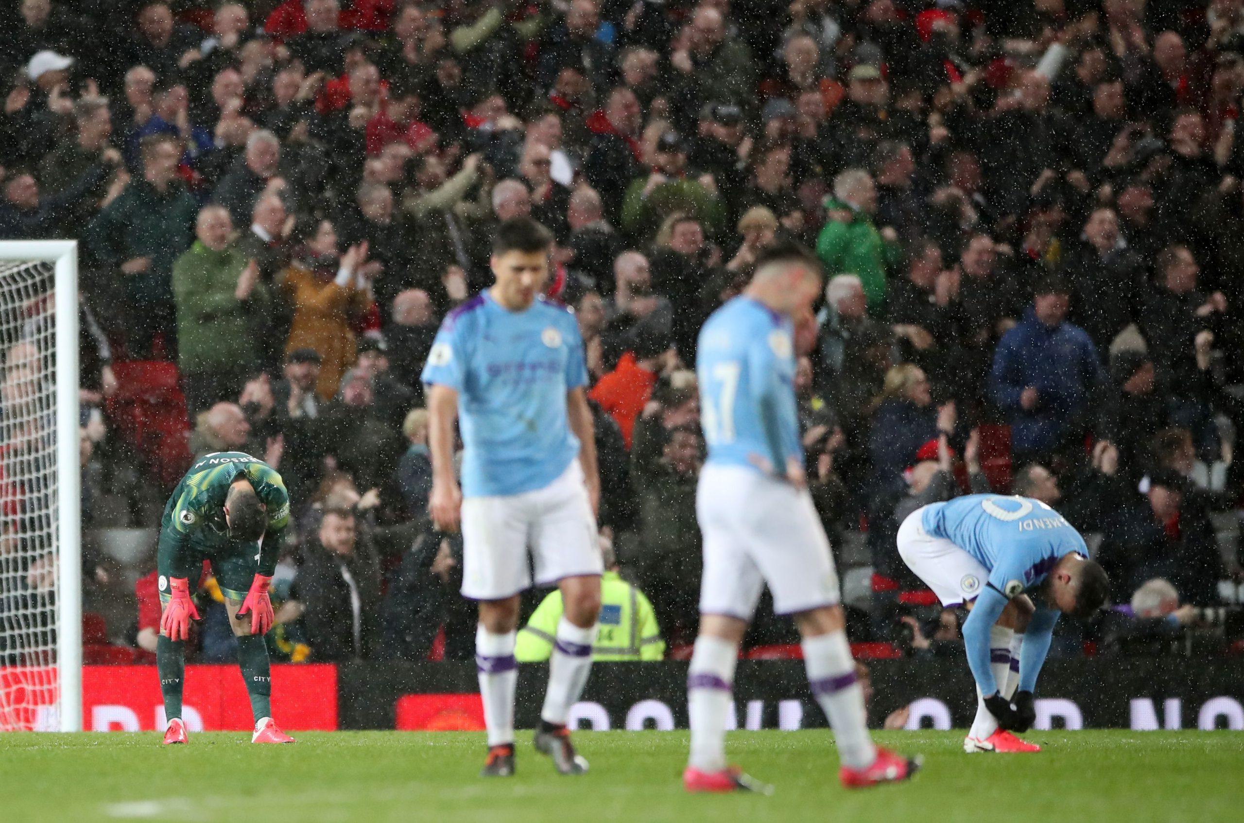 Jucătorii lui Manchester City, după un eșec