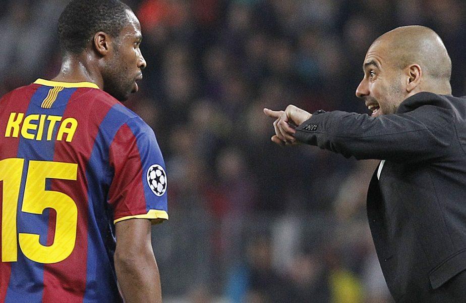 Pep Guardiola îi dă indicații lui Seydou Keita