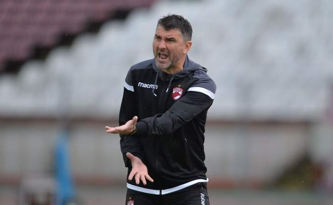 """Adrian Mihalcea a """"tunat"""" după Dinamo – FCSB 0-3: """"E o umilinţă. Ne-a bătut o echipă care a terminat meciul cu 3-4 copii de 16-17 ani"""""""