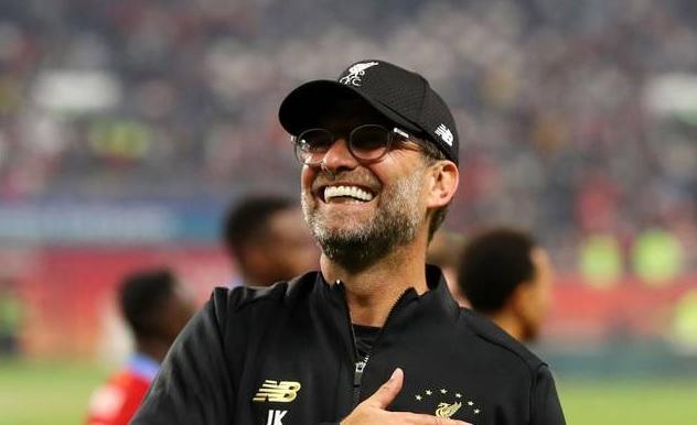 Reacţia lui Jurgen Klopp după ce Liverpool a devenit campioana Angliei! Le-a dedicat titlul fanilor şi legendelor Dalglish şi Gerrard