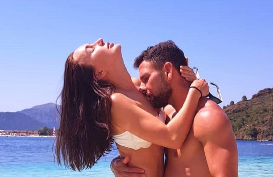 EXCLUSIV   Poveste de dragoste trăsnită! Cum a cucerit-o Răzvan Raţ pe Iulia şi ce alte mari pasiuni mai are
