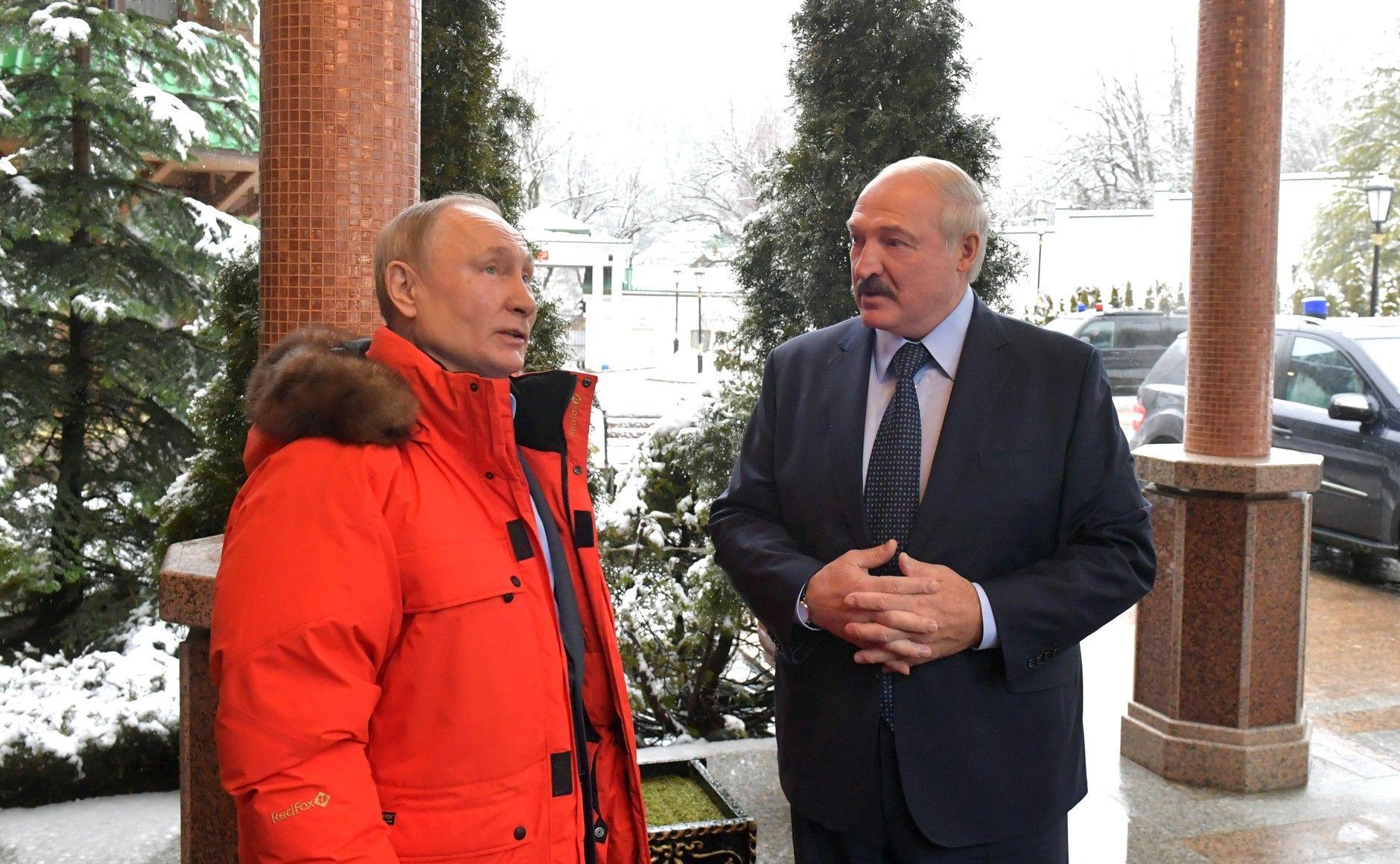 Fotbalul s-ar putea opri şi în Belarus