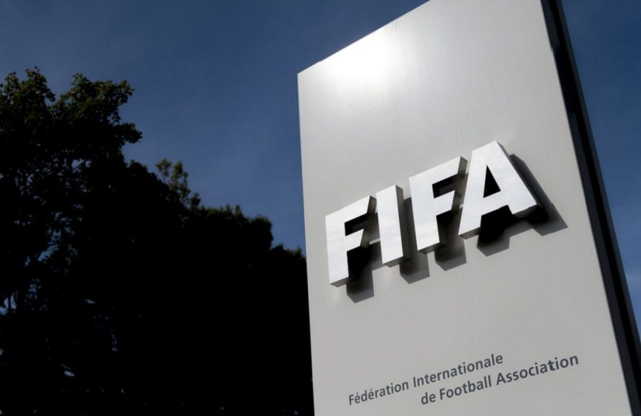 Mână liberă pentru Răzvan Burleanu. Recomandarea făcută de FIFA pentru reluarea campionatului