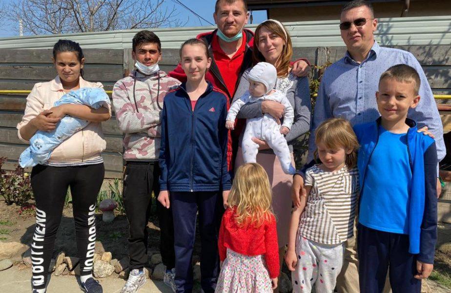 Cătălin Moroșanu, gest uriaș! I-a luat casă românului care a mers 40 de kilometri pe cal pentru a-și vedea copilul nou-născut