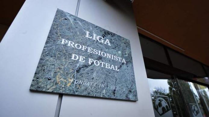 News Alert | LPF a anunțat datele etapelor rămase de disputat din Liga 1. Când se joacă dubla FCSB – CFR, după noul scenariu