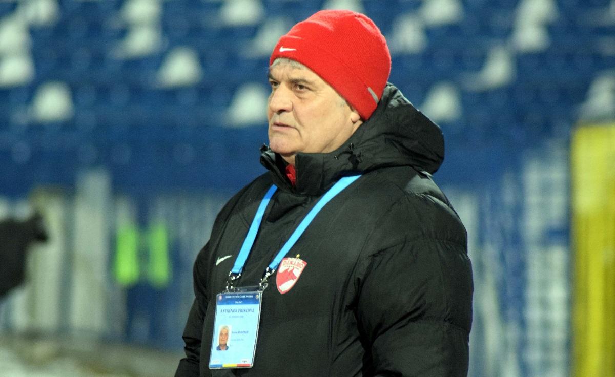 Ioan Andone, pe vremea când antrena Dinamo