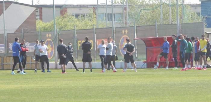 """Riscă FCSB sancțiuni după ce a reluat antrenamentele? Anunțul lui Ionuț Stroe: """"Cadrul juridic limitează aceste antrenamente colective"""""""