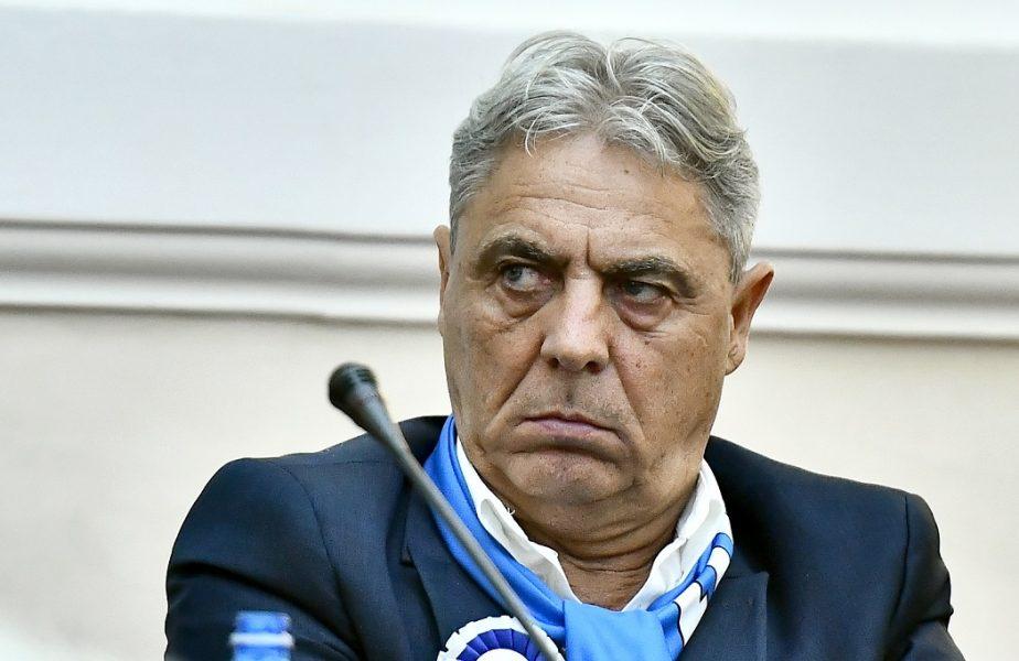 Soirn Cârțu, în timpul unei conferințe de presă