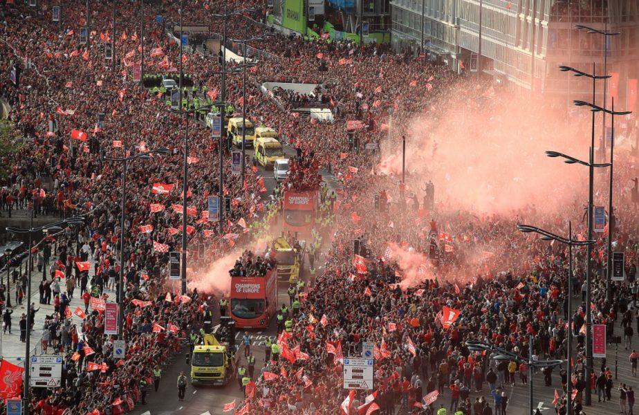 """Primarul din Liverpool și-a atras un val de antipatie. """"Să nu se reia campionatul! Fanii ar sărbători lângă Anfield"""""""