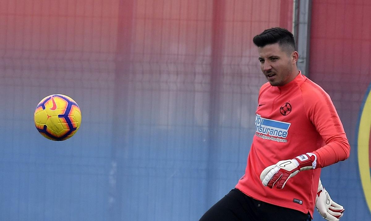 Cristi Bălgrădean, în timpul unui antrenament la FCSB