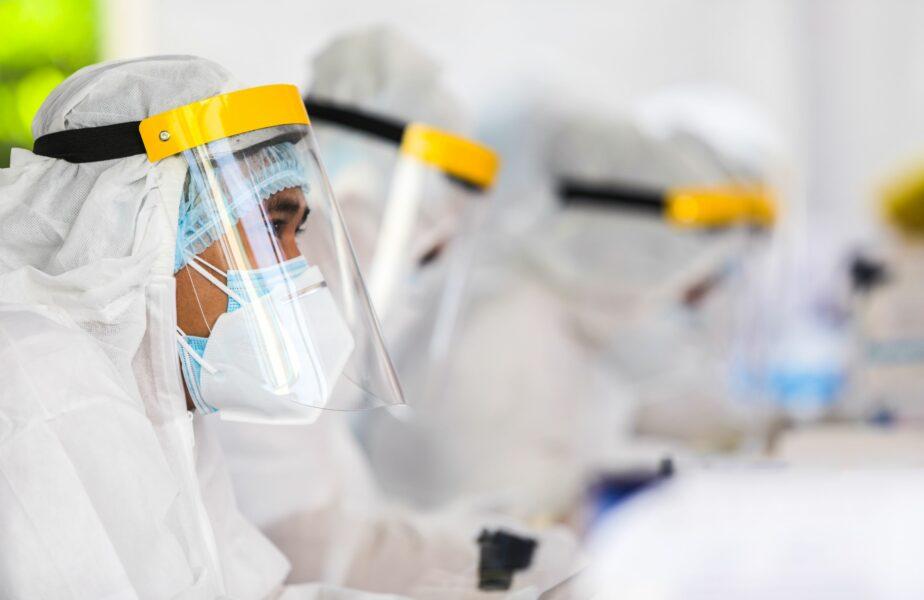 Un expert a dat noi detalii despre vaccinul împotriva coronavirusului. Ce se poate întâmpla la toamnă