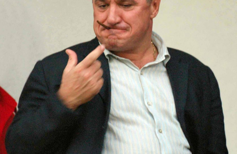 """Victor Becali, despre """"afacerea"""" de 70 de milioane de euro a lui Borcea: """"Dacă ar şti şi el de ea, ar fi bine"""""""