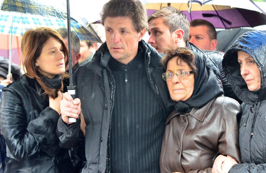 """Momente cumplite trăite de Gică Popescu. A clacat chiar în faţa copiilor săi: """"Atunci am izbucnit toţi în plâns"""""""
