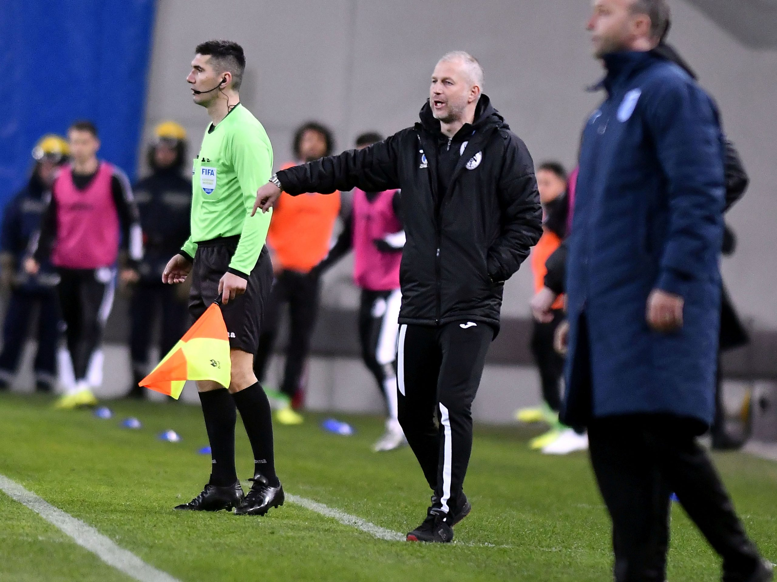 Edi Iordănescu, în timpul unui meci