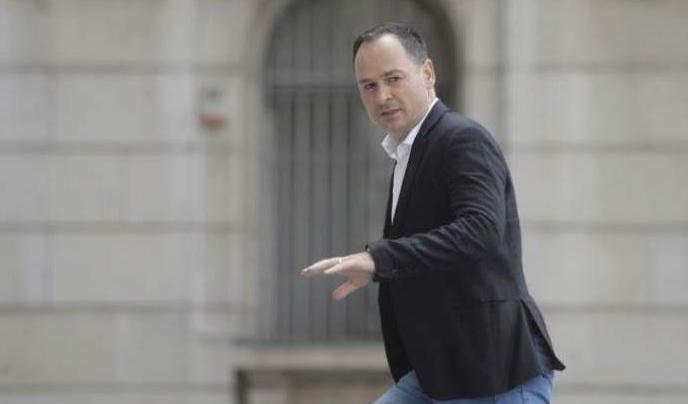 Ionuţ Negoiţă nu mai are răbdare cu spaniolii! Dacă nu virează 500.000 de euro până vineri, negocierile pentru Dinamo vor fi sistate