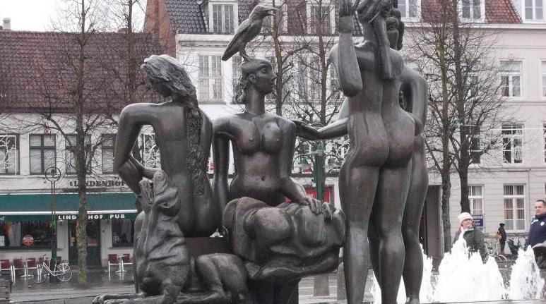 Statui Bruges