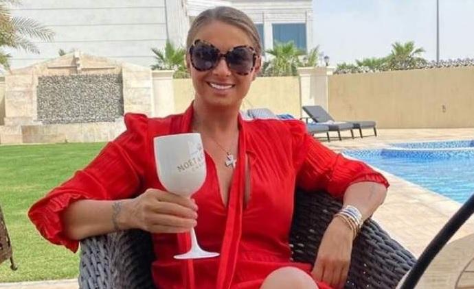 """Anamaria Prodan l-a angajat pe bodyguardul lui Ion Iliescu! """"În următoarele secunde, i-am văzut tăvăliți în mijlocul aeroportului"""