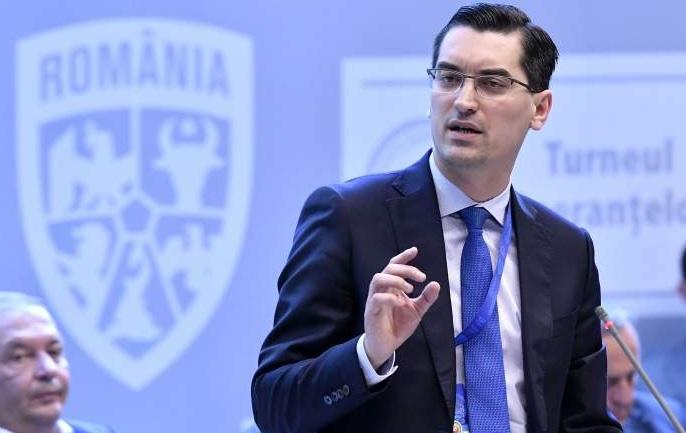"""Protocolul anunţat de Răzvan Burleanu pentru a avea fani la meciuri. """"La fiecare loc ocupat, vei avea 12 locuri lăsate libere"""""""
