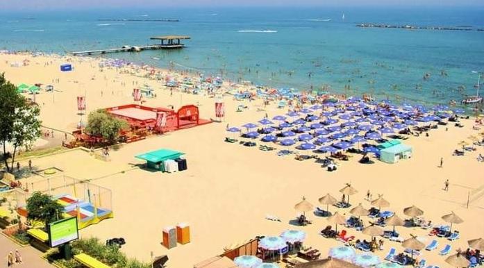 Au uitat de pandemie! Un sejur la Mamaia, mai scump decât la Sunny Beach sau Creta