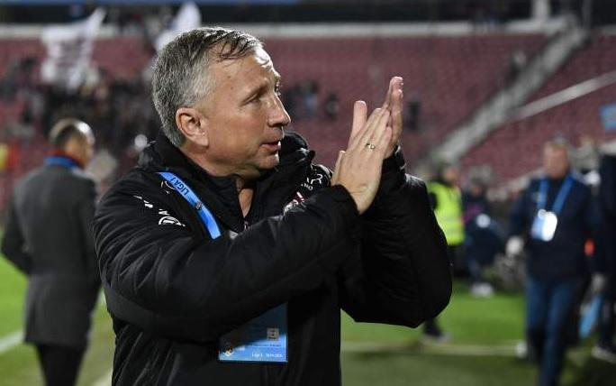 """""""Zece ani aș lua campionatul!"""" Liber de contract, Dan Petrescu a anunțat în ce condiții ar antrena din nou în România: """"Dacă găsesc așa ceva, m-ar interesa!"""""""