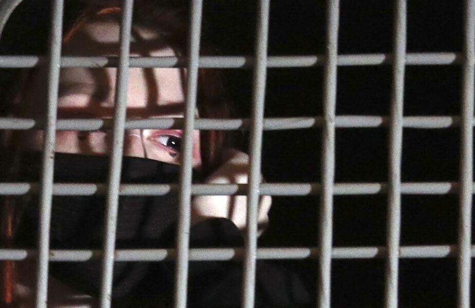 """""""Mamă, scoate-mă de aici!"""" Drama unei tinere care a fost condamnată la 25 de ani de închisoare după ce a fost prinsă cu 7 kilograme de morfină"""