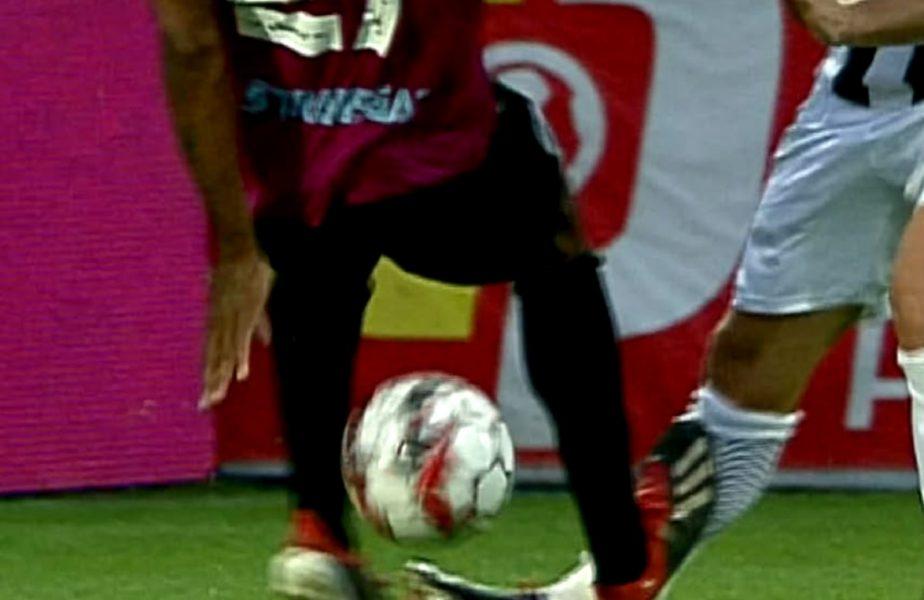 FOTO   Intrare horror în meciul Astra-Gaz Metan! Cardoso, eliminat după un fault criminal