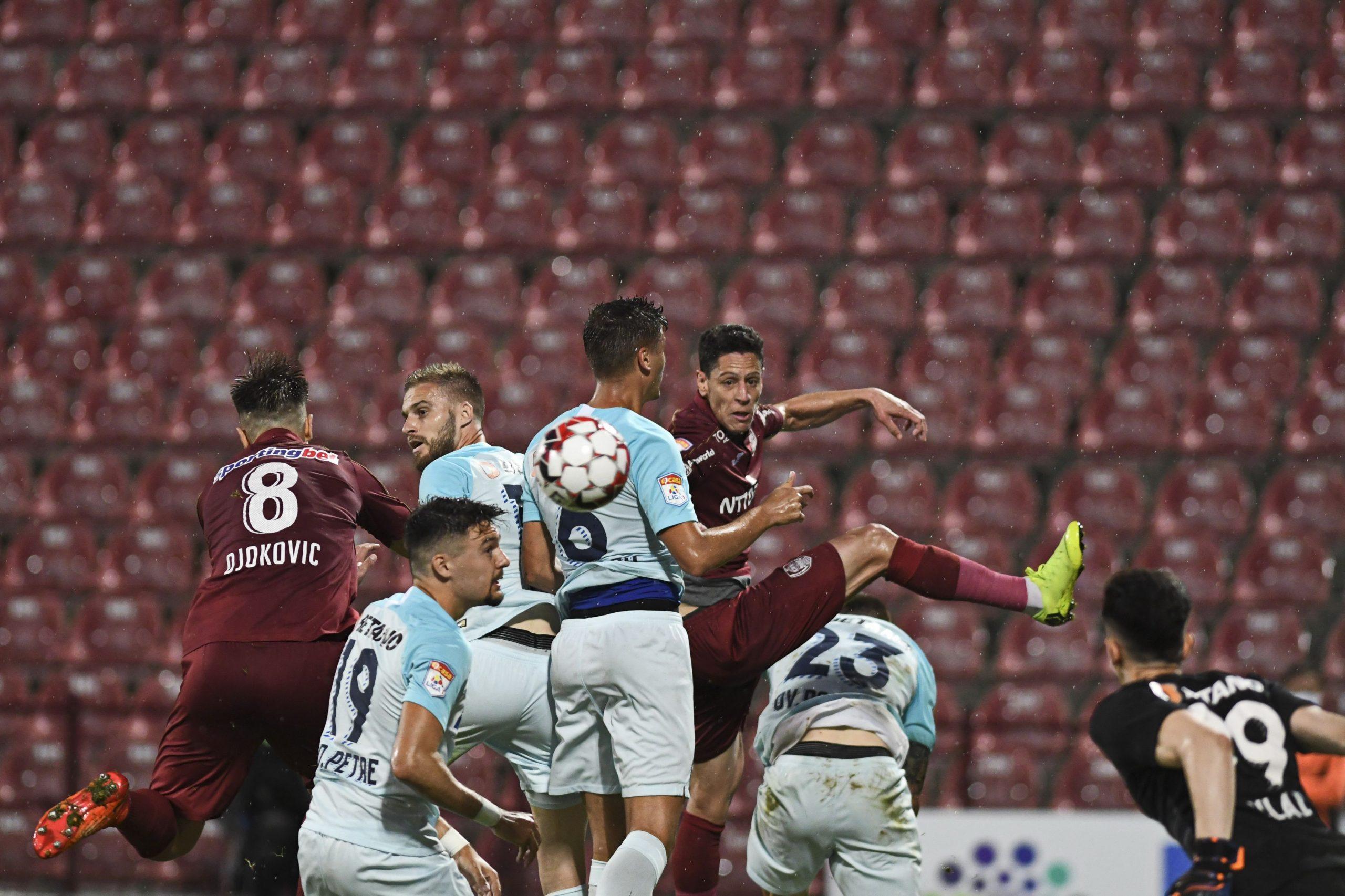 Imagine din meciul CFR-FCSB