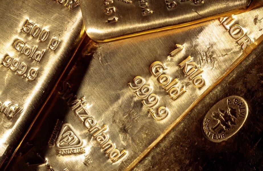 Trei lingouri de aur, uitate într-un tren. Autorităţile caută cu disperare să le găsească proprietarul, dar nimeni nu le revendică