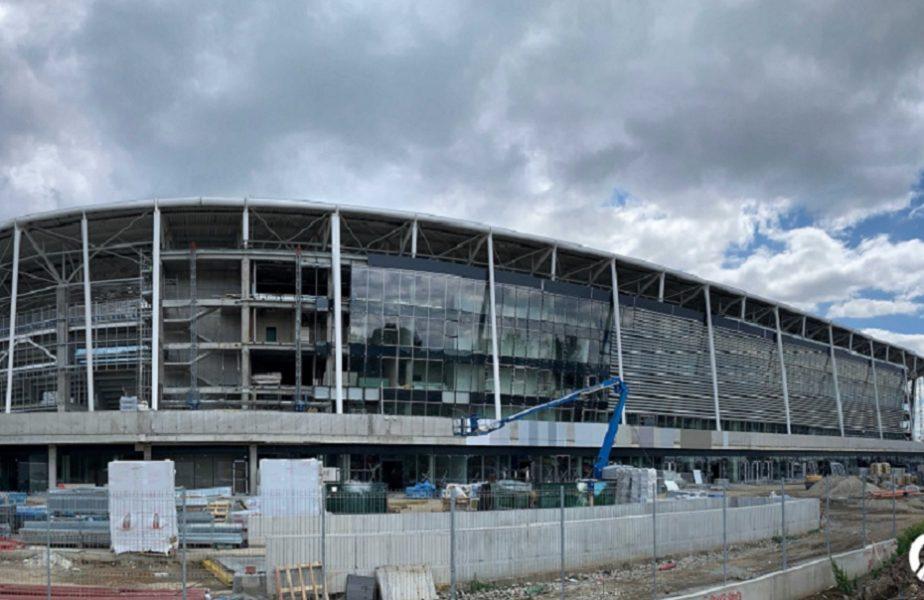 """Steliştii se tem că ar putea fi umiliţi la inaugurarea noului stadion din Ghencea. """"Să nu ne dea cu terenul în cap"""""""