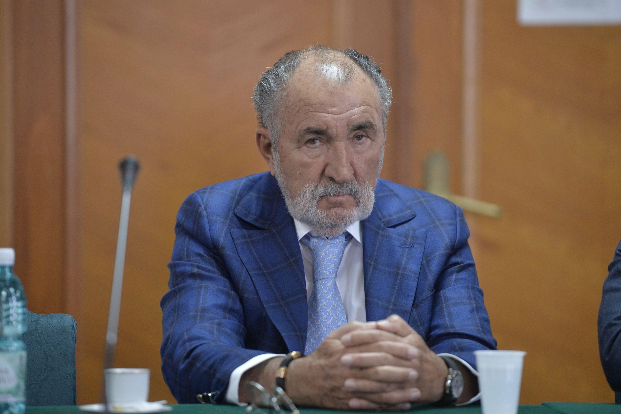 Eduard Novak, răspuns pentru Ion Țiriac