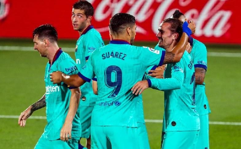 Barcelona încă mai speră la titlu după un show total cu Villarreal! Supergoluri Suarez şi Griezmann, două assist-uri pentru Messi. Ansu Fati a intrat în istorie