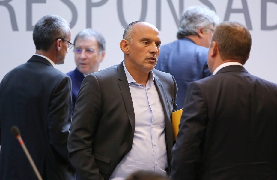 """Florin Prunea, atac fără menajamente la conducătorii lui Dinamo. """"Numai tâmpiţii s-ar putea bucura!"""""""