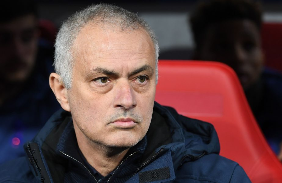"""Jose Mourinho a răbufnit după ce rivala Manchester City a scăpat de excluderea din Europa. """"E o decizie ruşinoasă"""""""