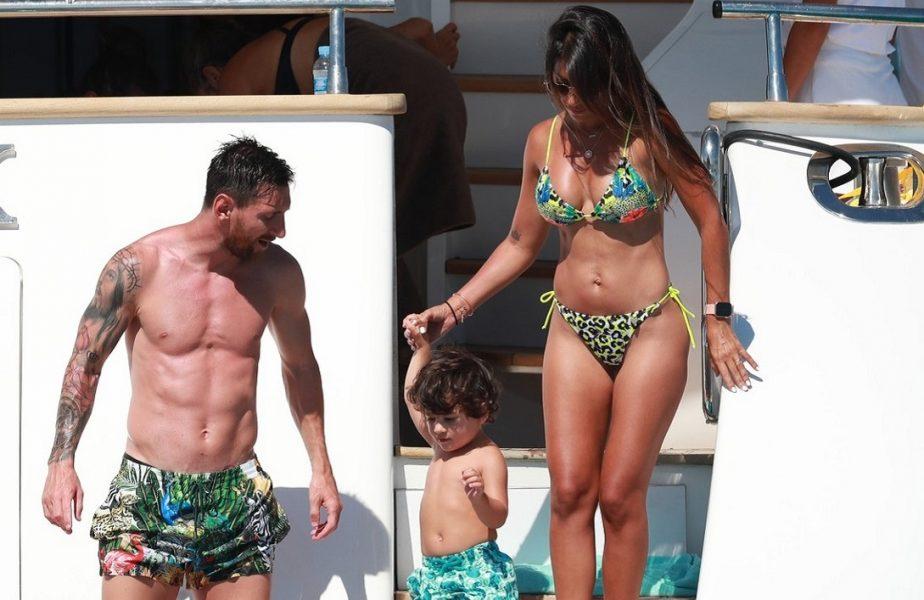 GALERIE FOTO | Lionel Messi şi Luis Suarez îşi petrec vacanţa pe un iaht de lux. Soţiile lor au atras toate privirile!