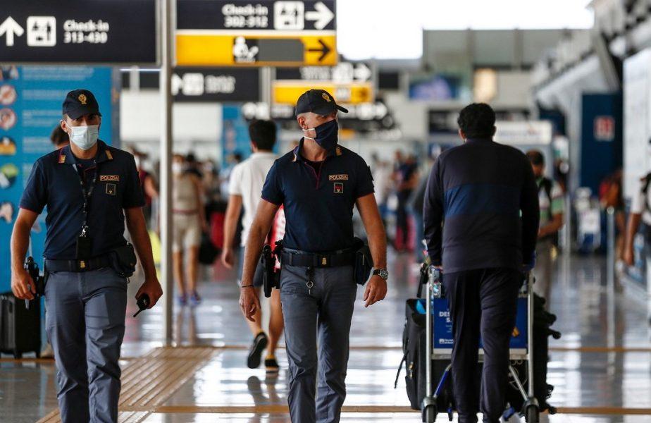 Scandal în avionul care i-a dus spre casă pe Zenga şi jucătorii lui Cagliari. Pasagerii au făcut un protest spontan
