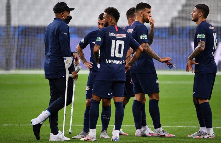VIDEO | PSG – St. Etienne 1-0. Golul lui Neymar le aduce parizienilor trofeul Cupei Franţei. Mbappe s-a accidentat grav şi a avut nevoie de cârje!
