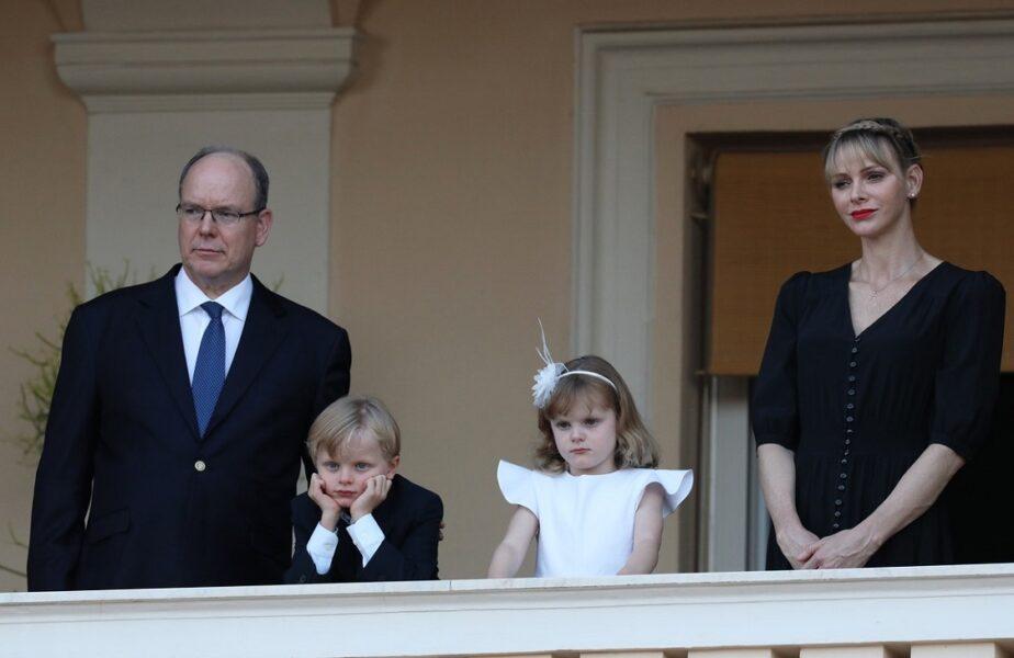 Prinţul Albert de Monaco, implicat într-un nou scandal. Este acuzat că are şi un al treilea copil nelegitim