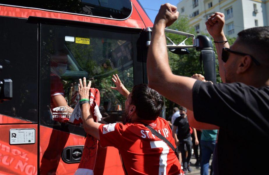 Spaniolii au fost în vestiarul lui Dinamo şi au făcut o promisiune în faţa jucătorilor. Reacţia vehementă a fanilor din PCH!