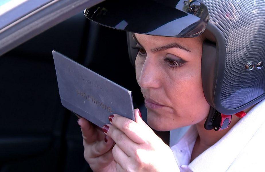 Cu rujul în torpedo şi pe tocuri, la volan! Imagini cu fetele îndrăgostite de viteză la ştirile AntenaSport, de la 19.50
