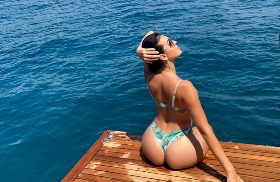 Şapte milioane de vizualizări în 16 ore! Georgina Rodriguez, iubita lui Cristiano Ronaldo, înoată ca o sirenă pe Instagram