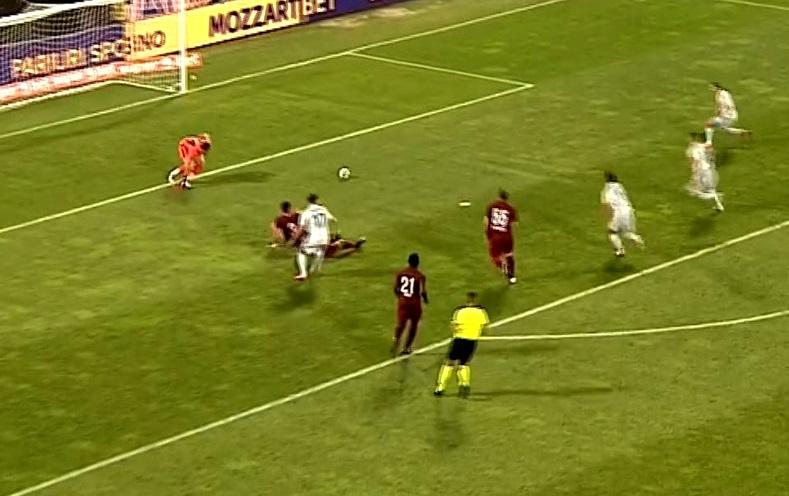Bălgrădean a gafat la primul meci important jucat la CFR Cluj! Cum l-a făcut pe Dan Petrescu să-l regrete pe Arlauskis