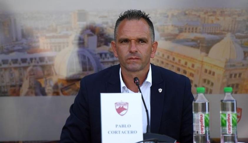 Prima conferinţă a lui Pablo Cortacero, în funcţie de şef la Dinamo! A citit de pe foaie şi s-a încurcat. Obiectivele clubului