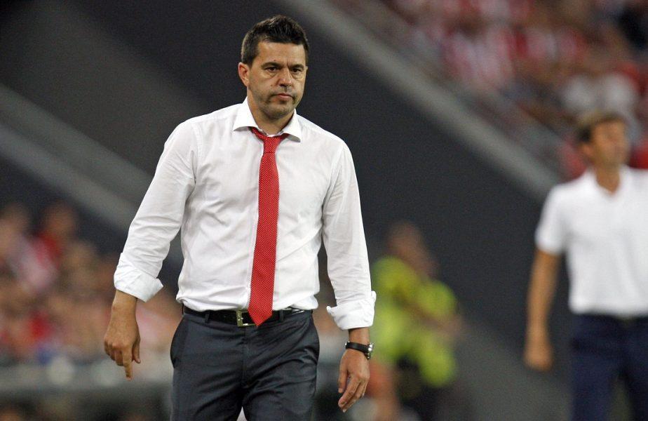Dinamo mai transferă un jucător spaniol. Cosmin Contra primeşte un mijlocaş care a retrogradat cu La Coruna