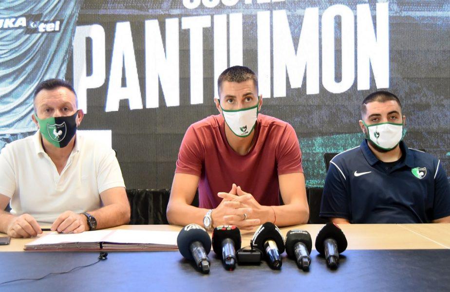 Costel Pantilimon a semnat cu noua lui echipă. Portarul român a fost prezentat într-un stil unic!