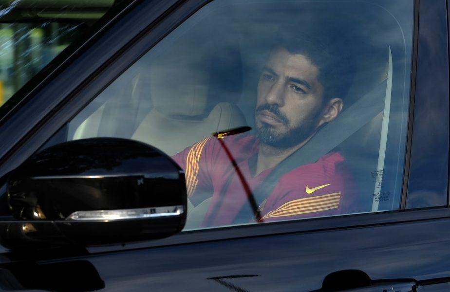 """""""Canibalul"""" Luis Suarez va muşca în tricoul lui Juventus. A aterizat deja la Perugia, pentru a-şi face paşaport italian"""