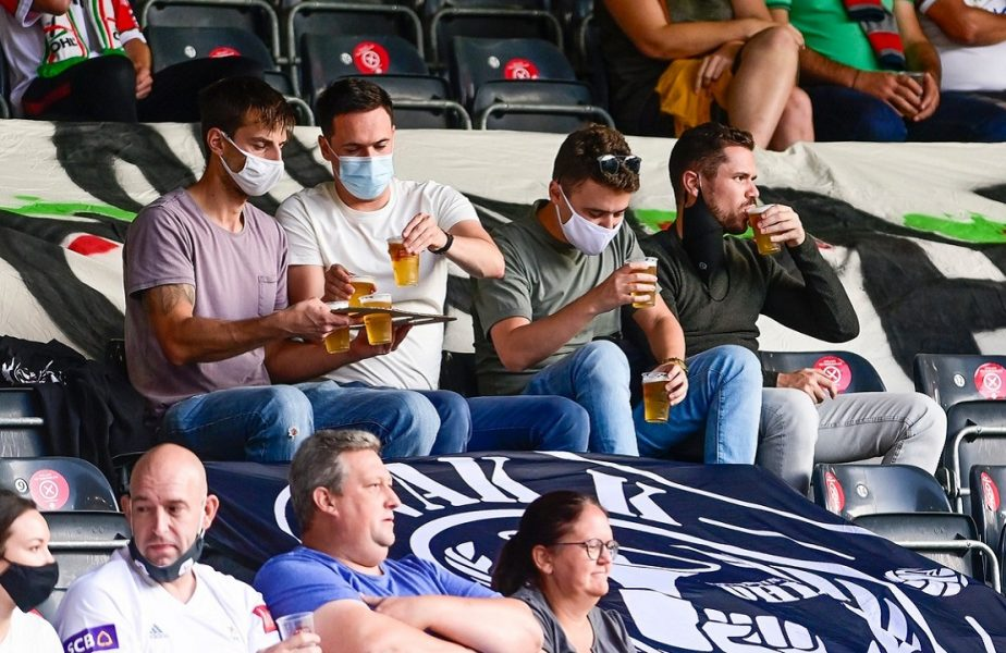 Mii de fani la meciurile din Belgia. Decizia luată de autorităţi pe timpul pandemiei