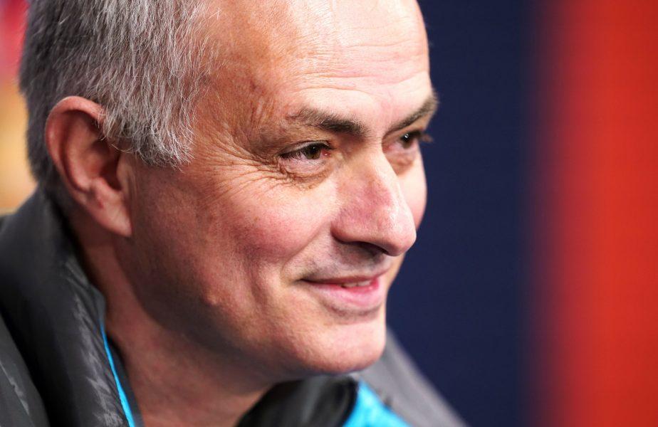 Imagini uluitoare! Mourinho a măsurat porțile după ce și-a dat seama că erau prea mici. Reacția de milioane a portughezului