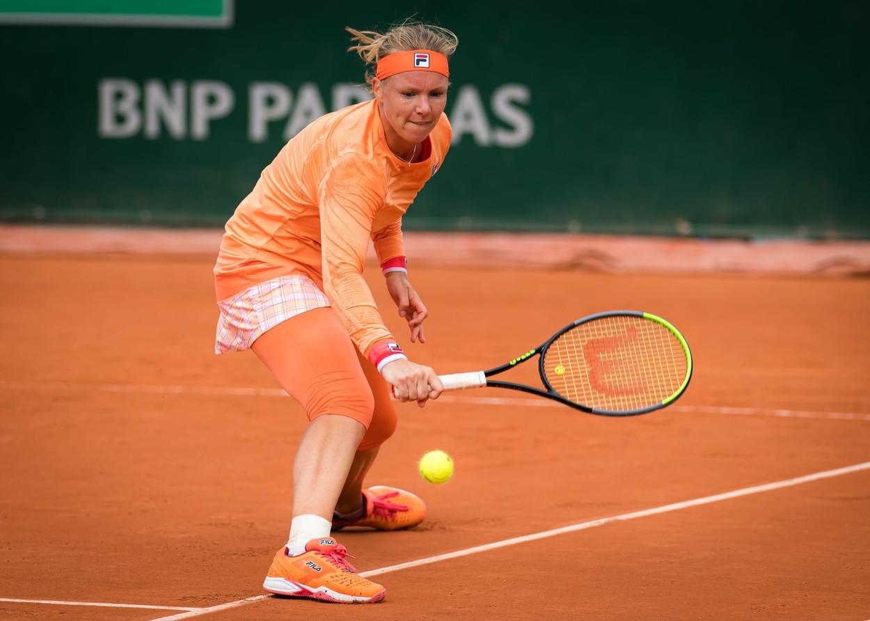 Scene uluitoare la Roland Garros! Jucătoare de top, înjurată şi scoasă de pe teren în scaunul cu rotile