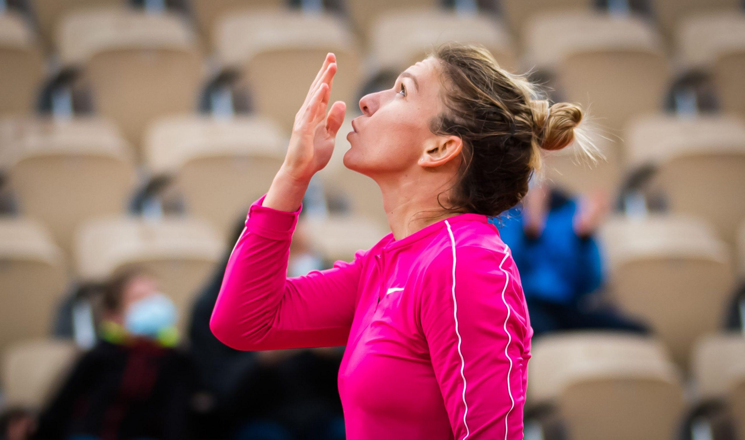 """Simona Halep – Amanda Anisimova 6-0, 6-1. """"Taifunul"""" Simo şi-a distrus adversara şi e în optimi la Roland Garros"""