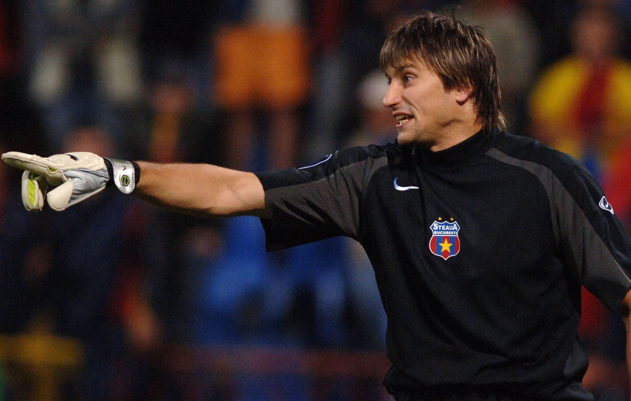 Vasili Hamutovski, fostul portar al celor de la FCSB, intr-un meci în perioada în care juca pentru formația lui Gigi Becali